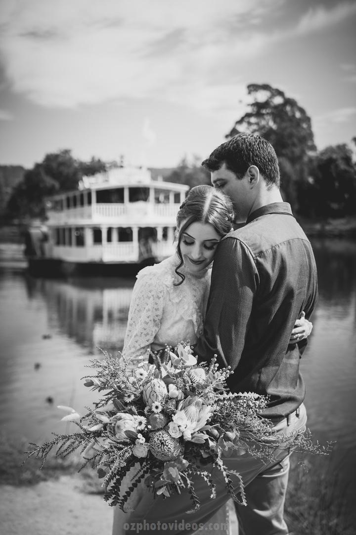 B+W wedding photo