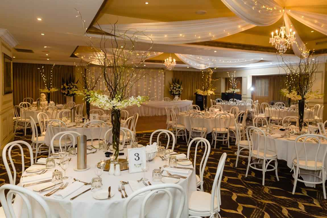 Unique Weddings at Hills Lodge Hotel
